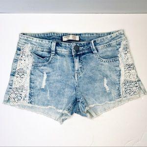 "No Boundaries Acid Wash Lace Inset 2"" Denim Shorts"